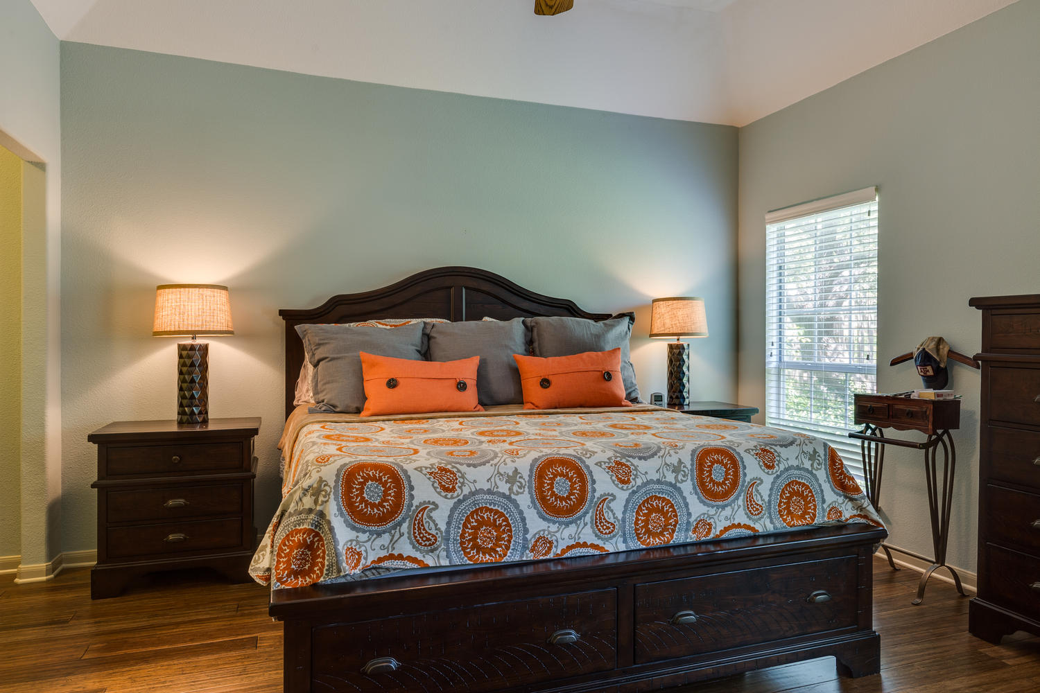 11 Birnam Wood San Antonio TX-large-025-27-Master Bedroom-1500x1000-72dpi copy.jpg