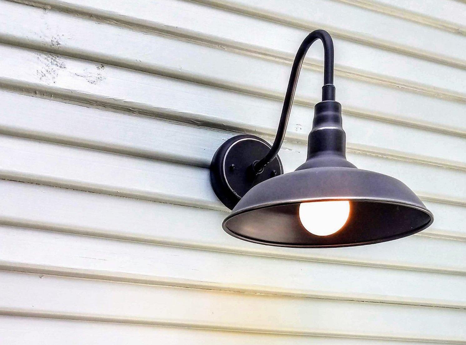 Exterior_house_lighting.jpg