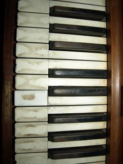 Piano+3.jpg