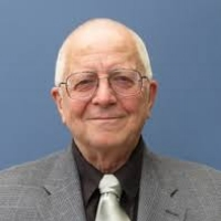 Louis Grivetti(moderator) - Professor of Nutrition, UC DavisProfessor Grivetti's research focuses on how, why, and under what conditions human diets change, the mechanisms of change, and the nutritional implications of human behavior.