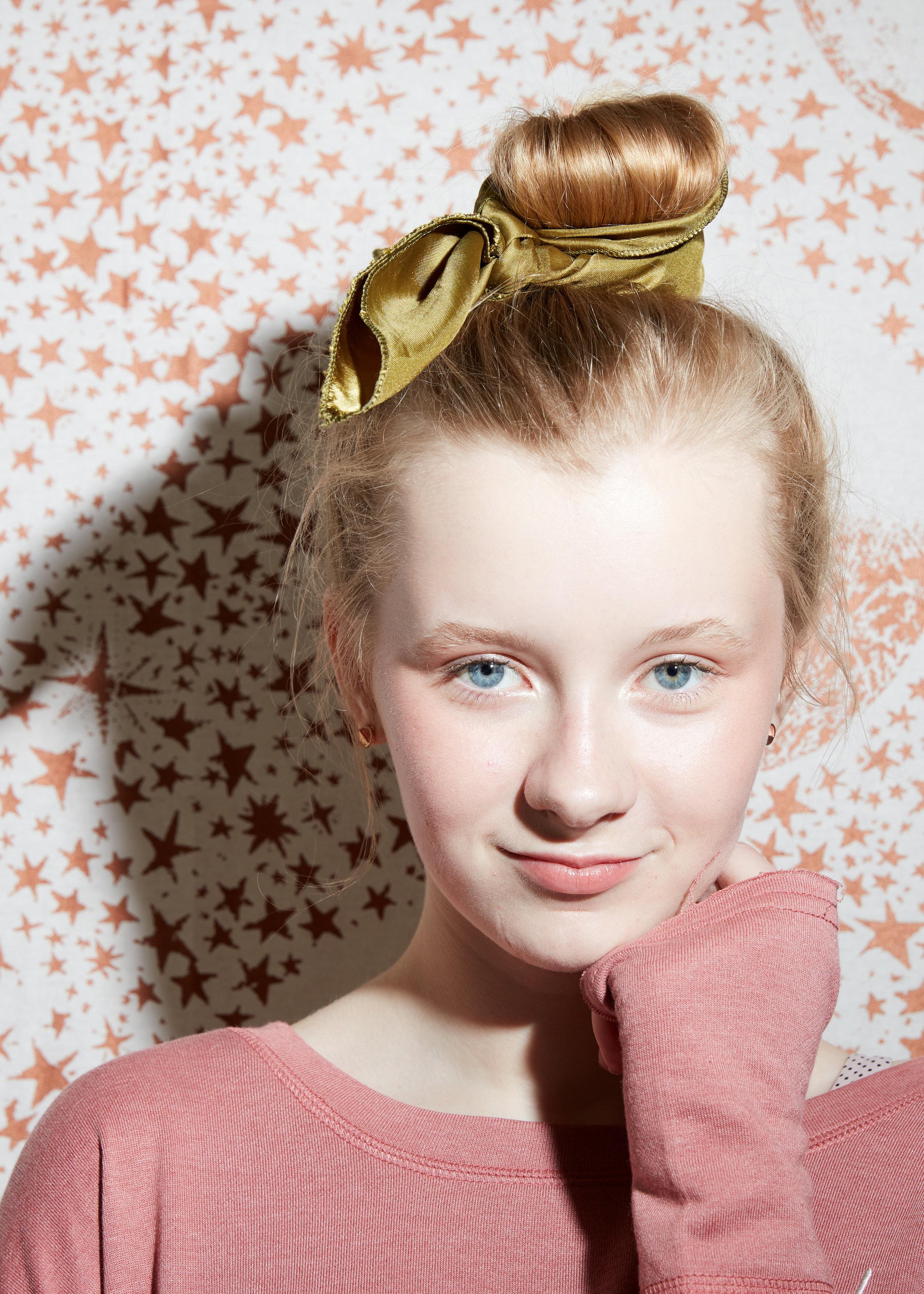 Pegboard_Vada_Teen_Beauty44601_b.jpg