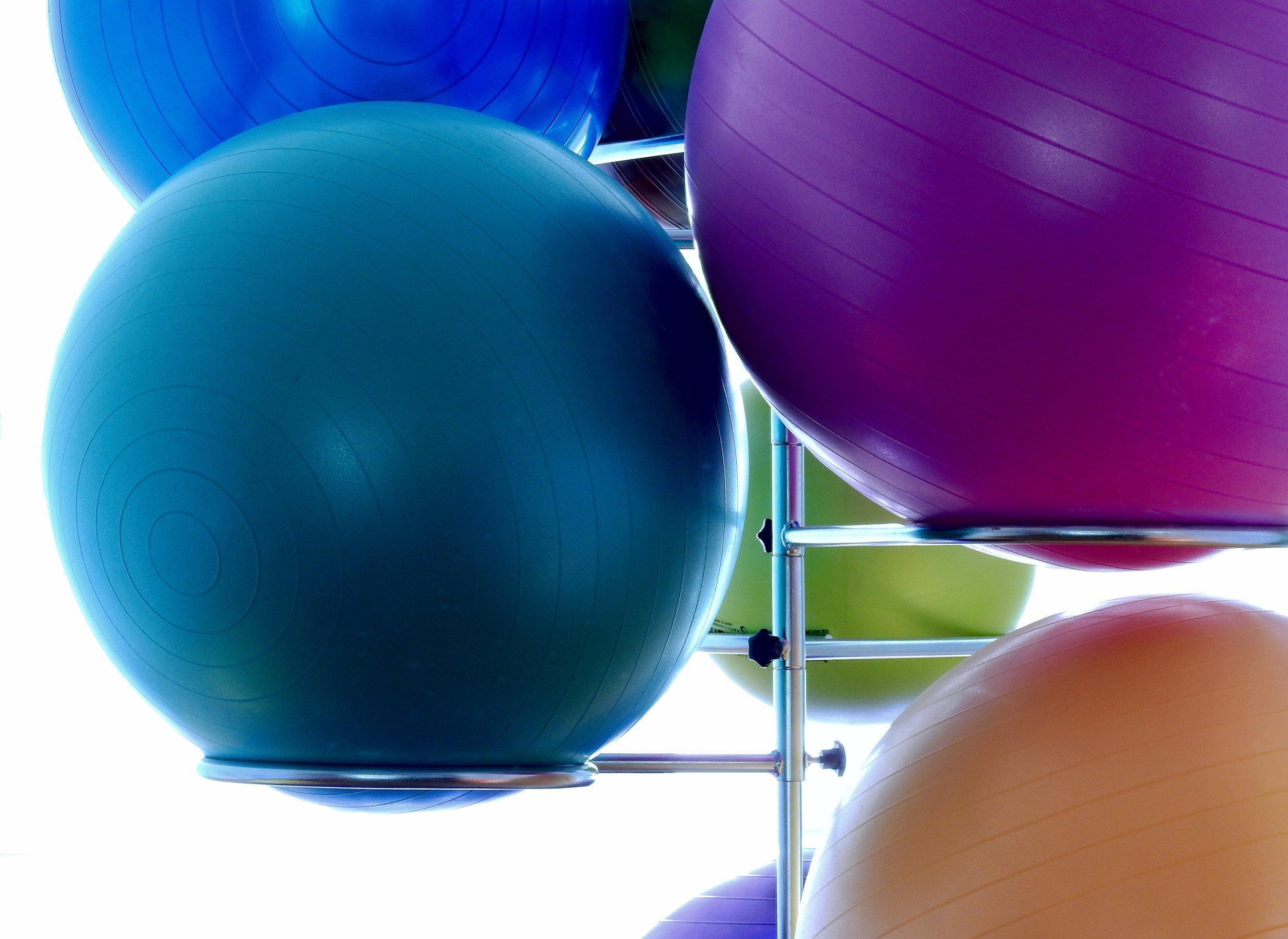 art-ball-shaped-balloon-159638.jpg