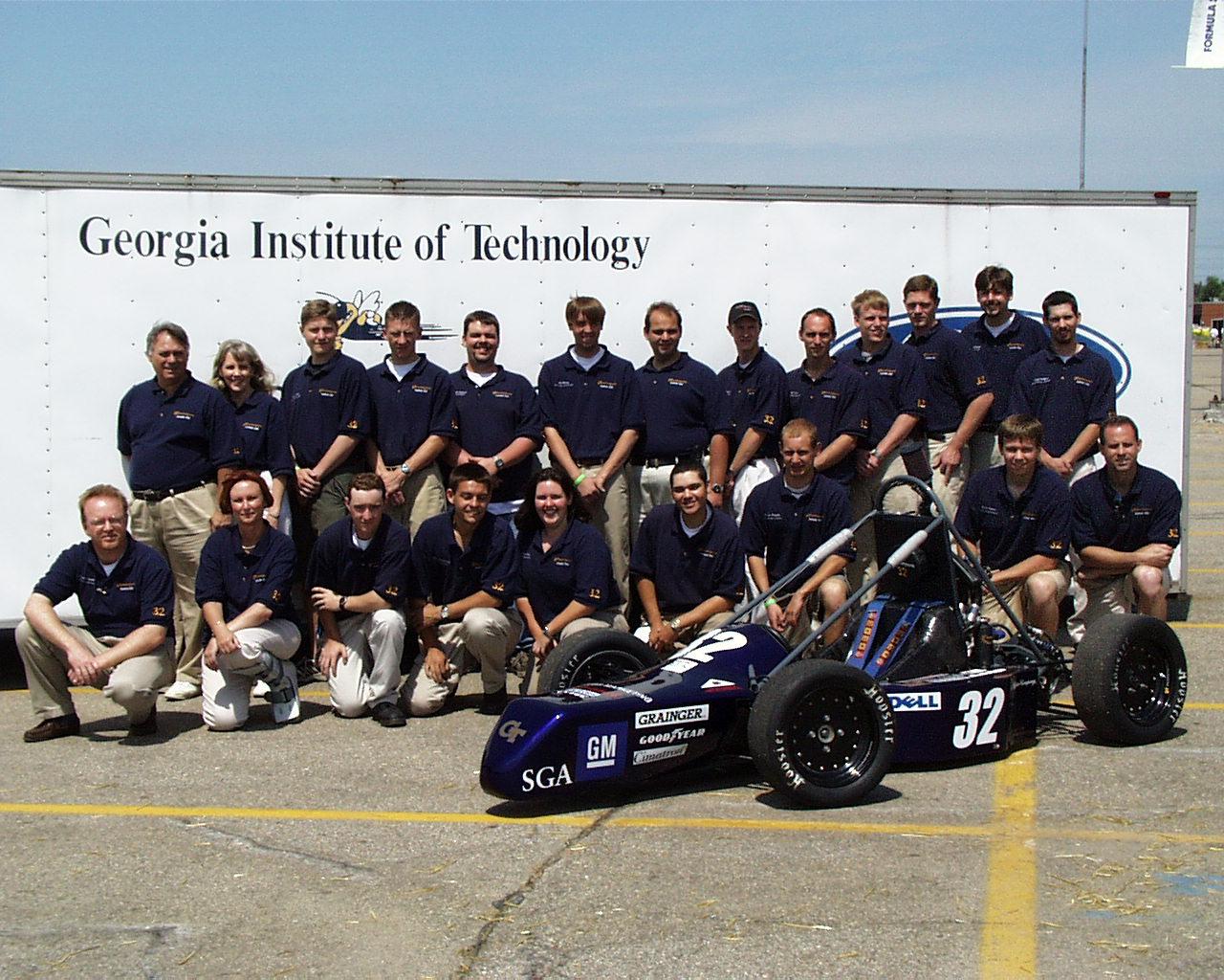 2001: Car 32