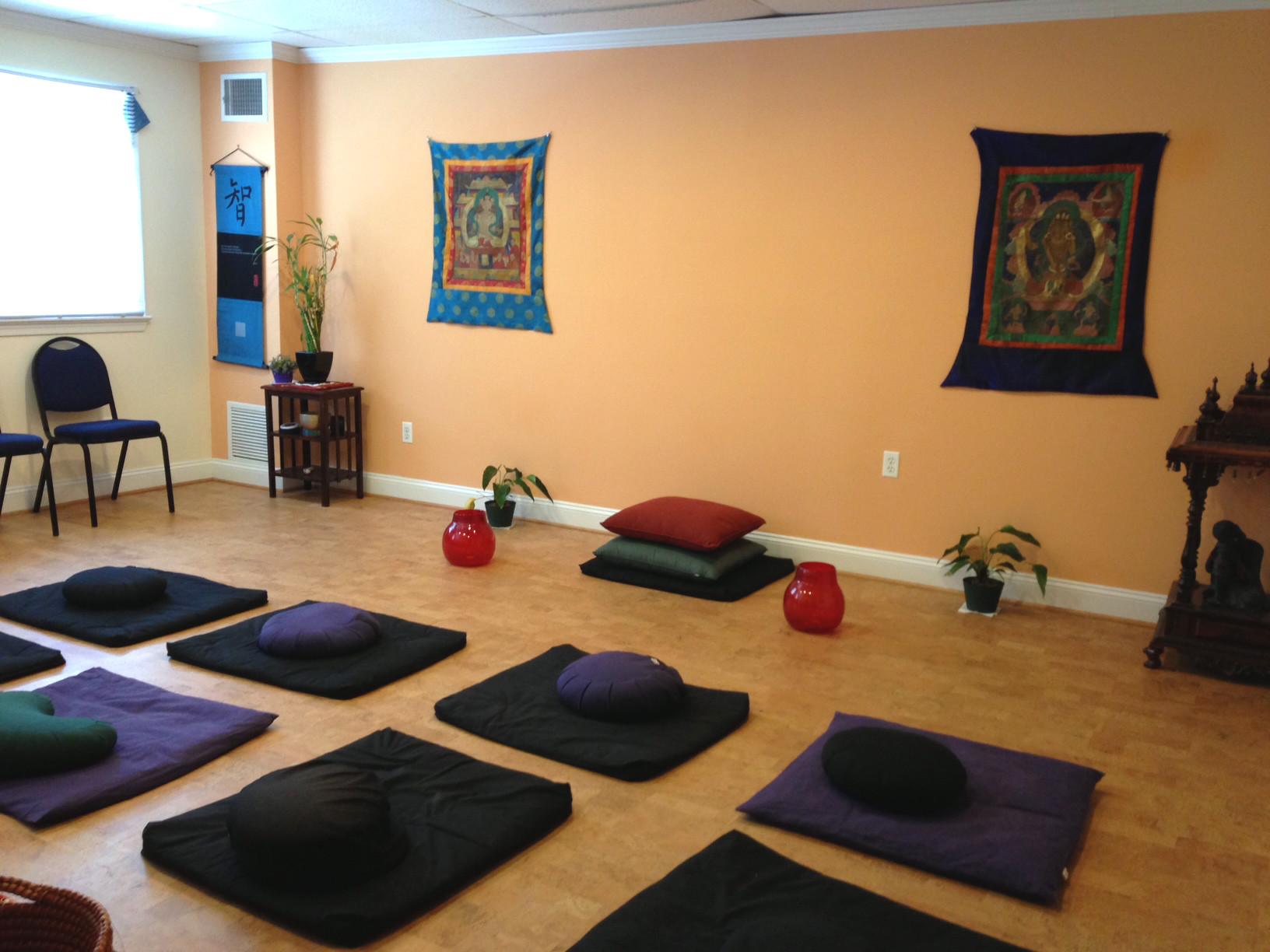 "The Meditation Room - 275 Square Feet (15'5"" x 17'9"")"