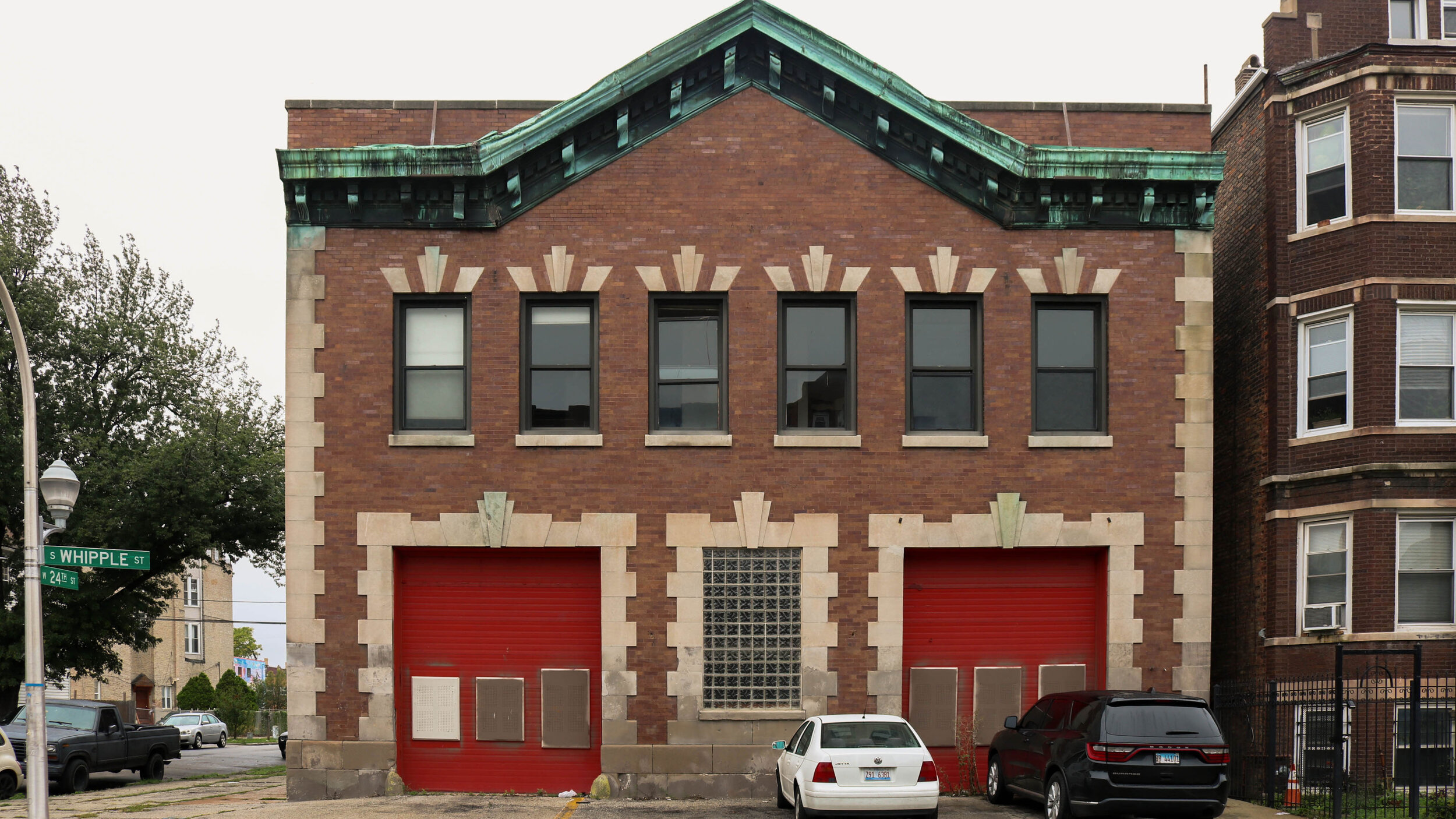 The former fire station located on 2358 S. Whipple St. is now the site of a new potential commercial kitchen. The building has been vacant since the construction of a new fire station in Little Village a block and a half away.