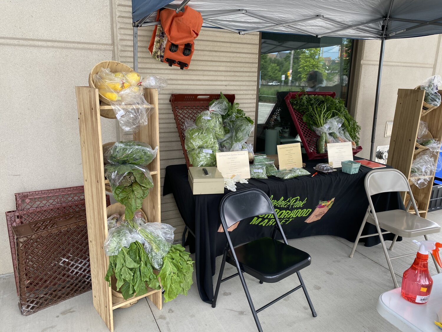 Vendors display their fresh vegetables on sale at The Garfield Park Neighborhood Market on July 11. 2020. Photo by Mariah McBride.