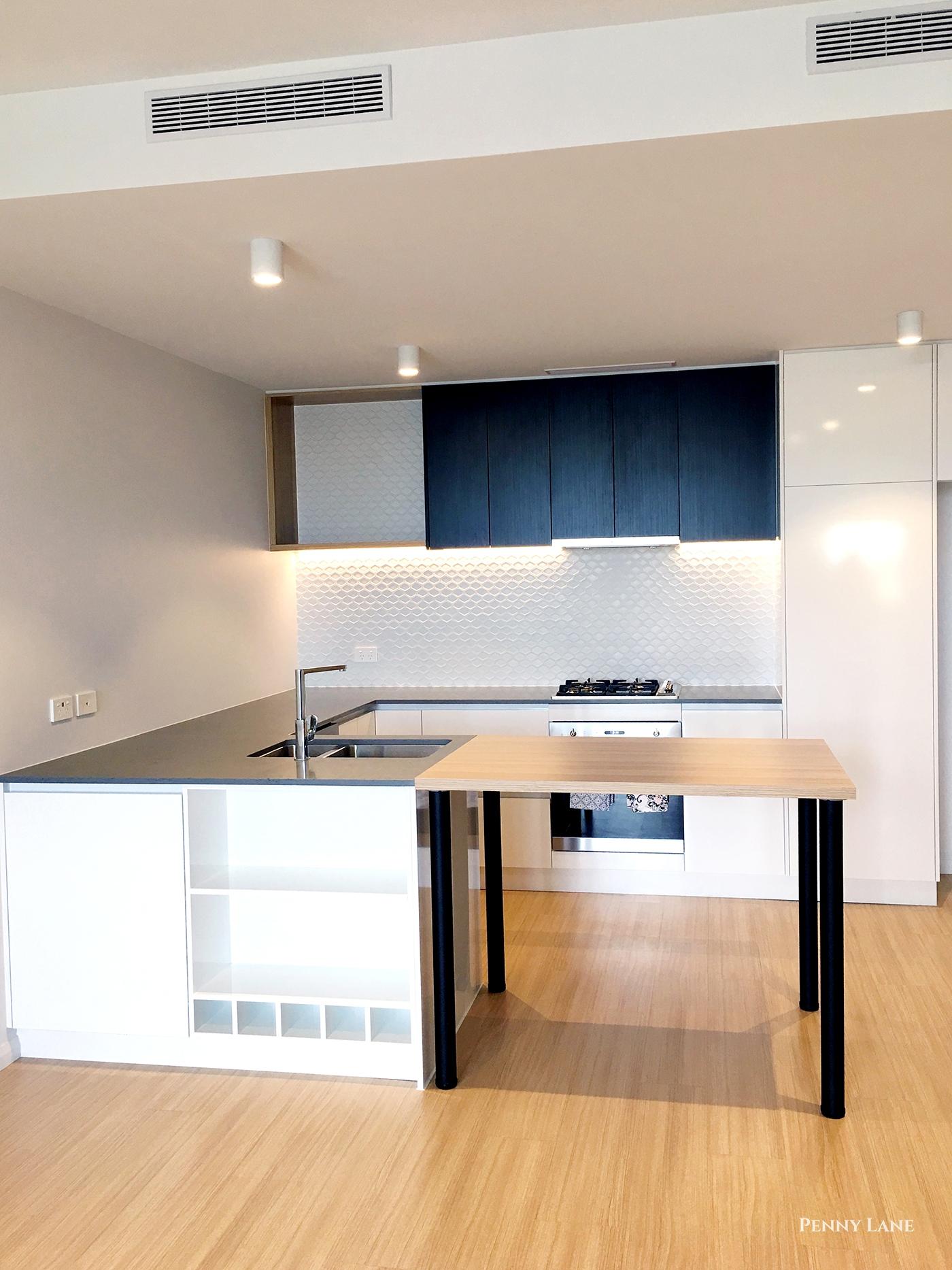hires.7311-soko-kitchen.jpg