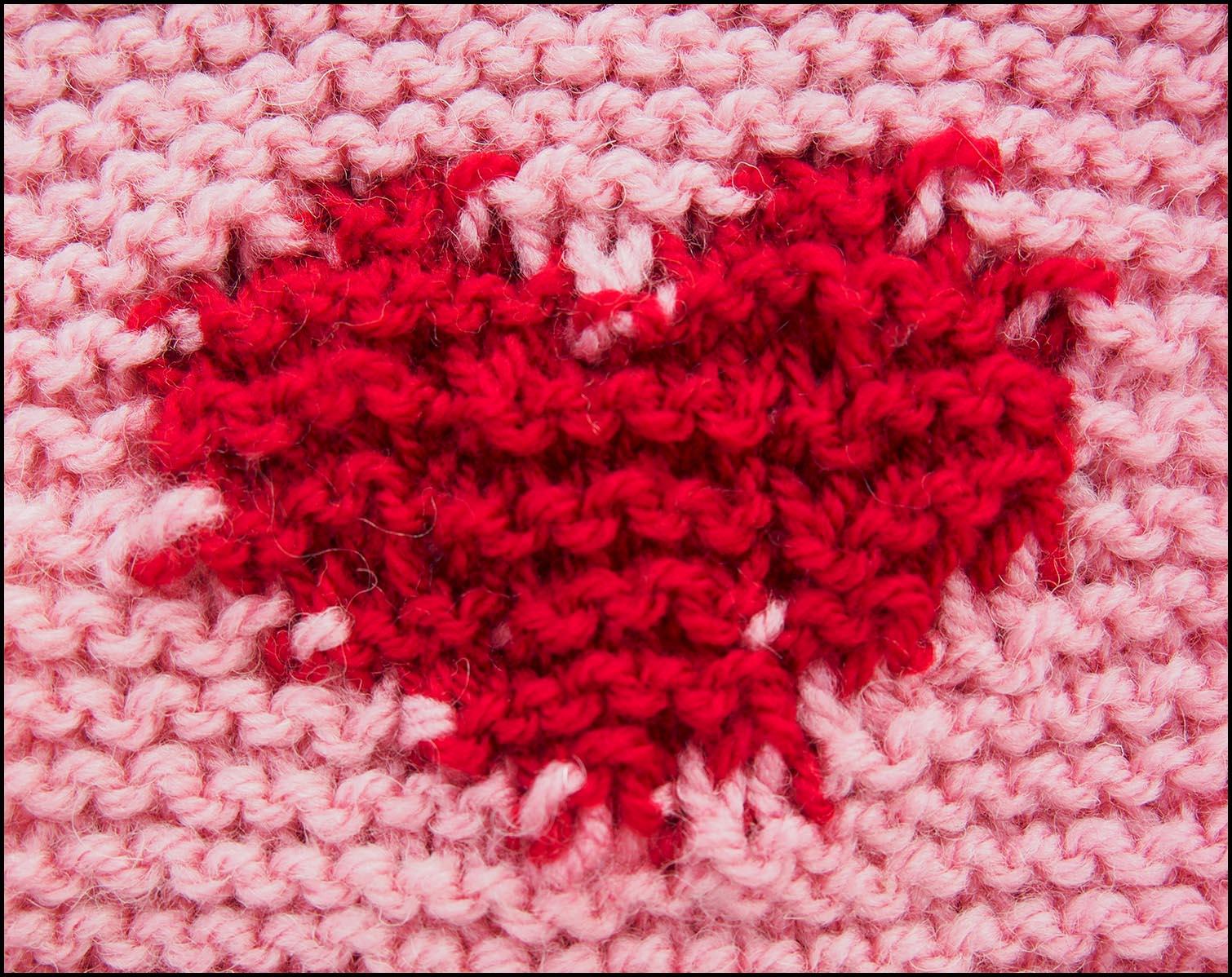 Knitted-Intarsia-Heart.jpg