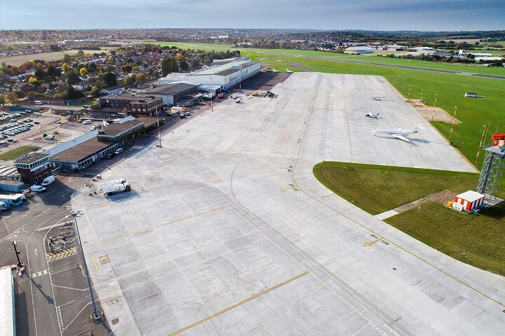 aeriel_view_stobart_jet_centre_southend_airport_private_jet_charter_superFLY_01.jpg
