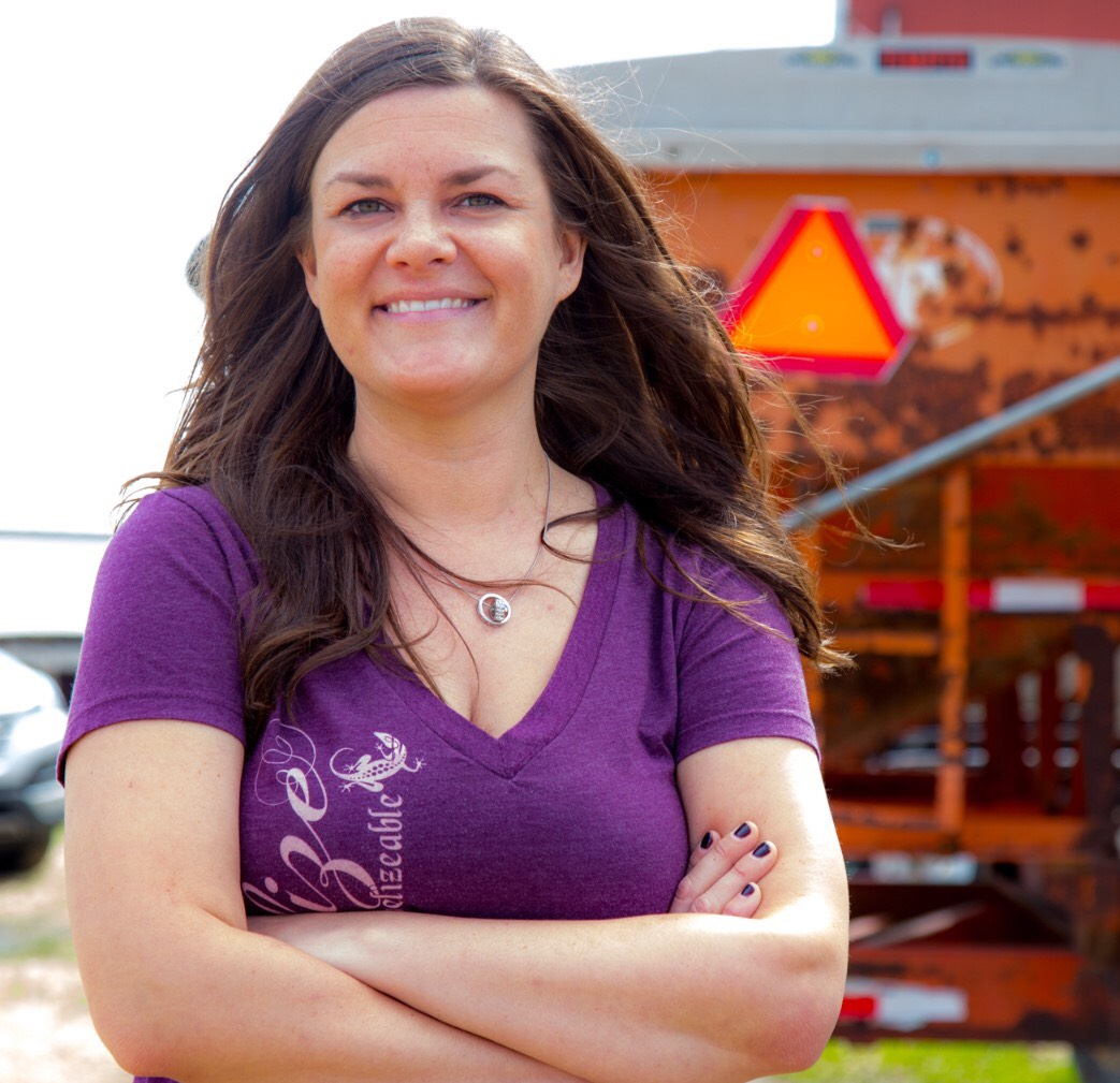 "Michelle Miller aka ""The Farm Babe""     Michelle Miller, the Farm Babe, has been featured in Forbes as one of the most followed and reputable voices in agriculture on social media. She is a weekly columnist for  www.AGDAILY.com  and helps run the family farm of over 2,000 acres in Iowa consisting of row crops, beef cattle, and sheep and is a public speaker where she shares her passion of bridging the gap between farmers and consumers."
