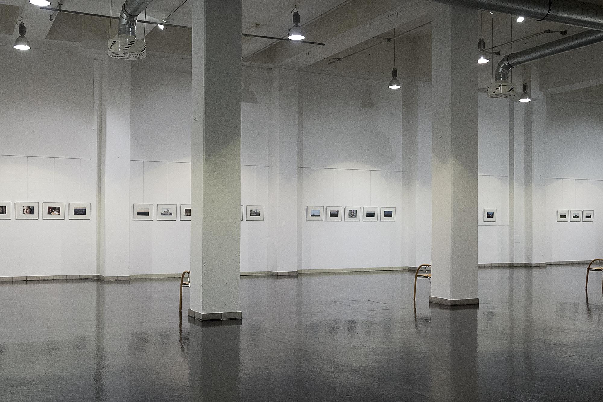 Ausstellungsansicht Kunsthalle Feldbach Barbara Riegler.jpg