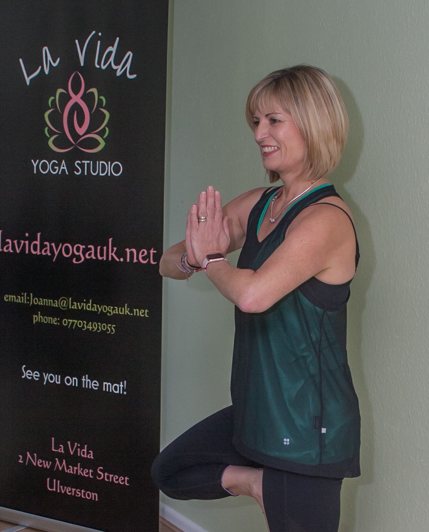 Unlimited Monthly Membership - Attend unlimited classes each month, including courses.Includes 15% discount on workshopsIncludes 4 guest passes available for you to use for family and friends.5% discount on any treatments with our therapists.cost £60 per month. Minimum sign up is 3 months.This is a payment of £2.17 a day paid monthly
