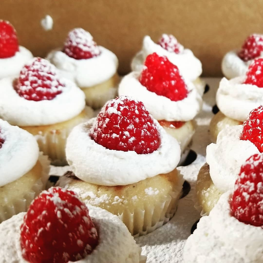 Lemon Raspberry Mini Cupcakes