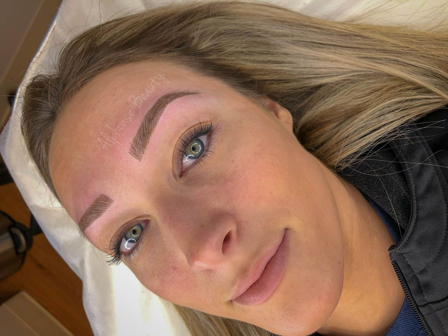 Fabulous eyebrows from microblading