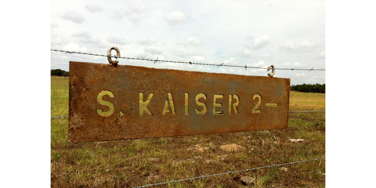 2bar_Kaiser sign.jpg