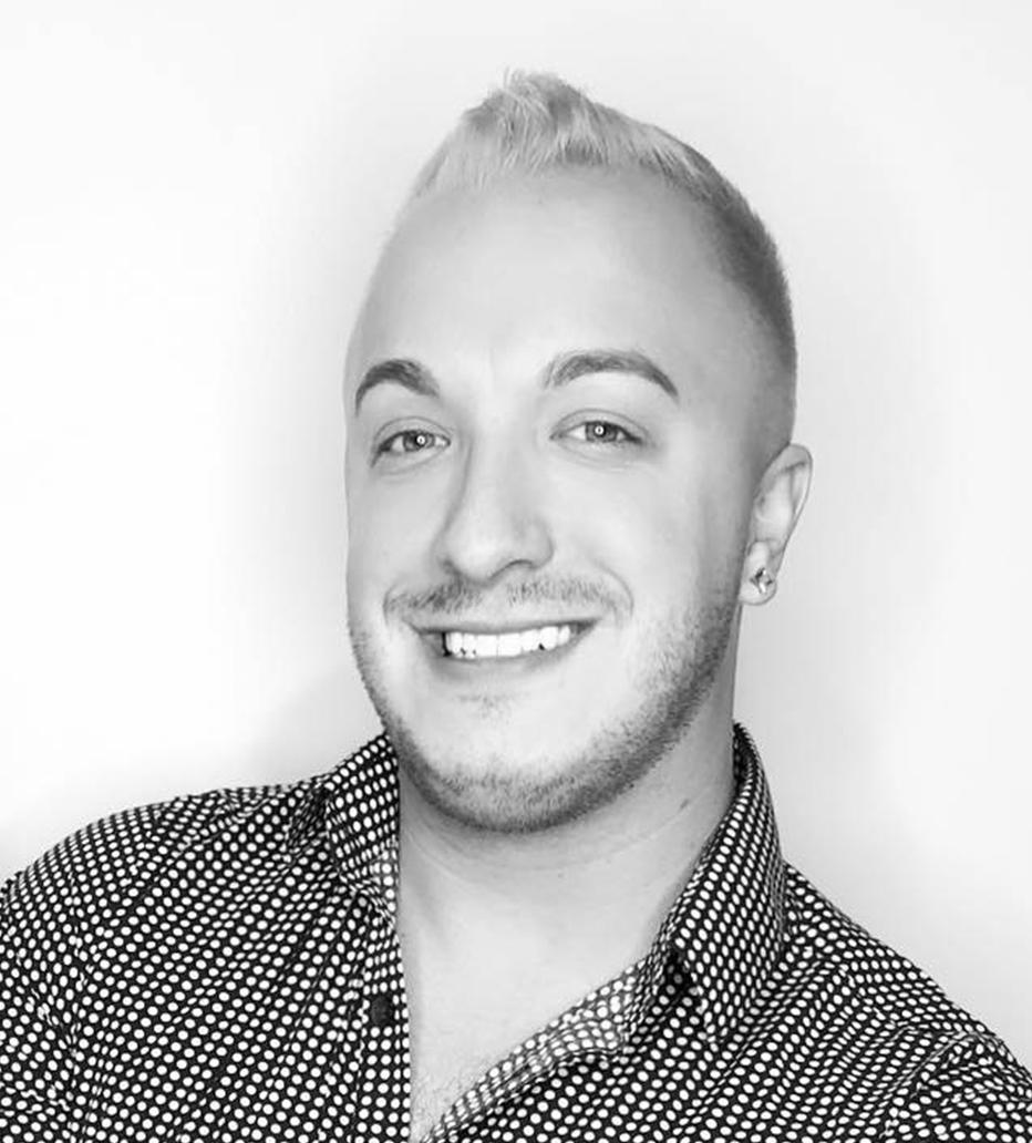 Kevin Deighton - Kevin Adam Salon & SpaStudio 107440-409-6894deighton_kevin@yahoo.com
