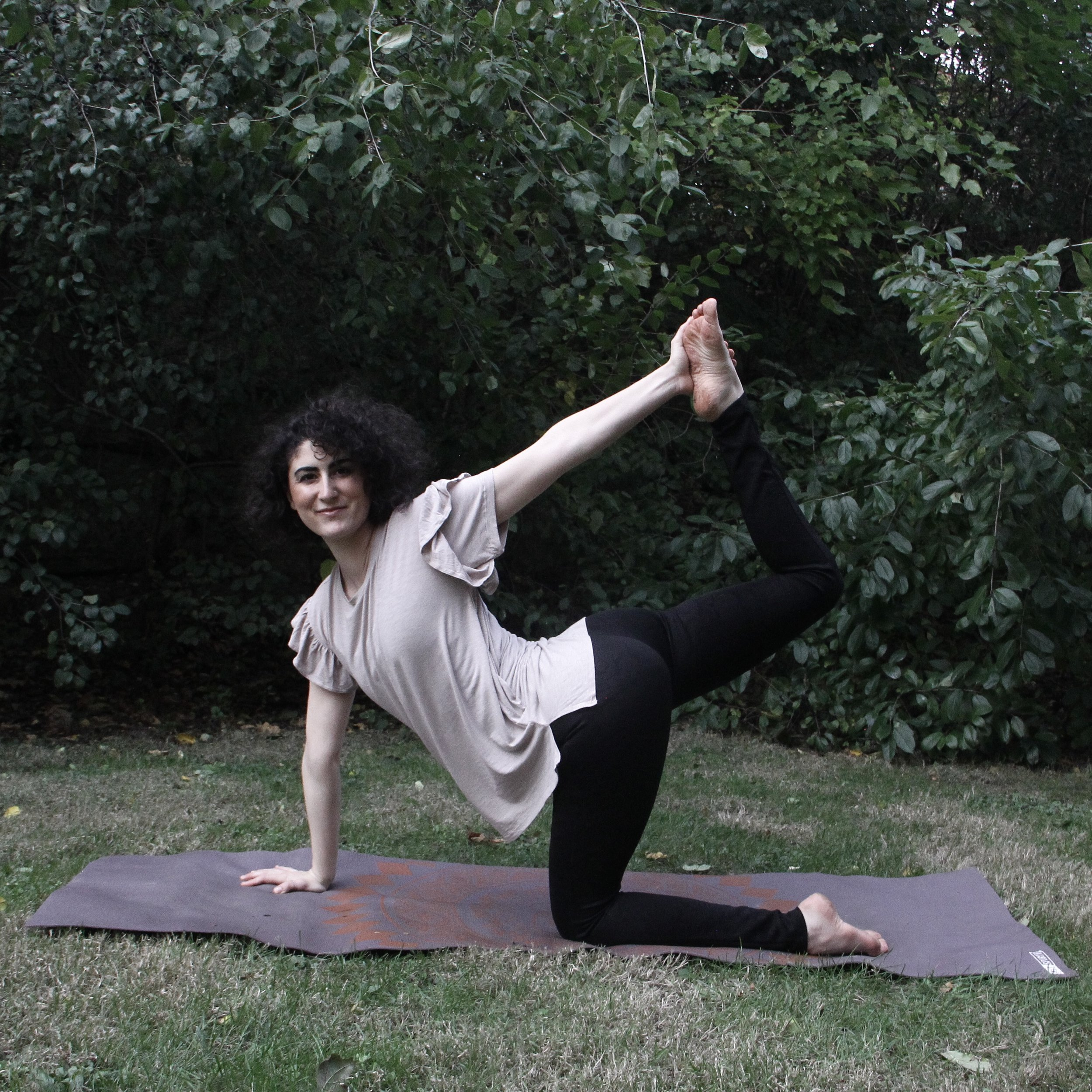 MEET THE INSTRUCTOR... - Hi! I'm Rachel Marie White. I am a yoga teacher and chronic illness warrior. For nearly a decade, I have been living with chronic pain and chronic illness symptoms. Through all of the unpredictable ups and downs, I have learned how to care for my mind, body and spirit with yoga. Sharing this healing practice with others has become my life's passion. I've already helped thousands of chronic warriors to discover yoga practices that really work, and I would love to help you do the same!