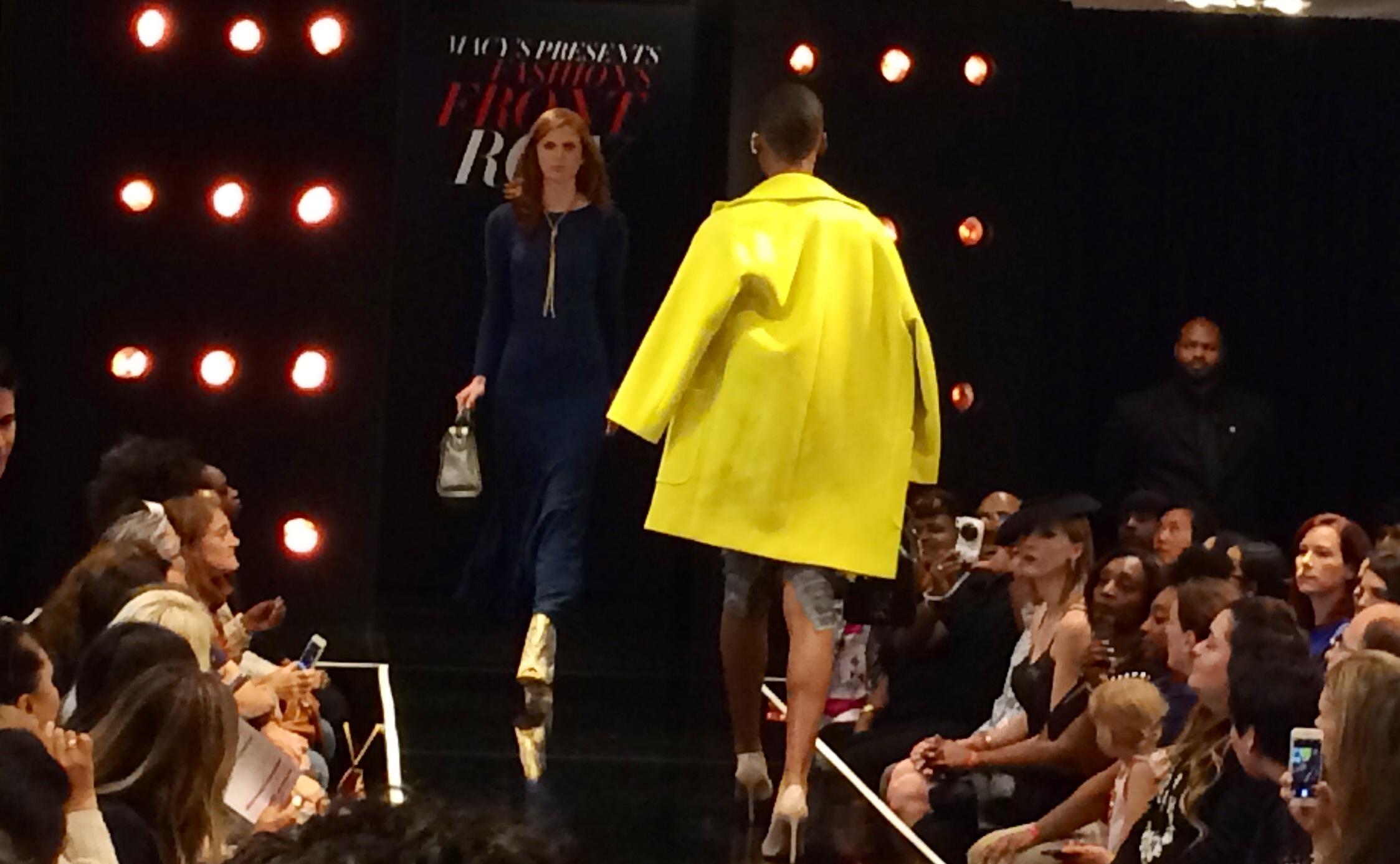 Pop up & Fashion Show