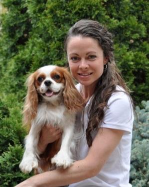 DEBRA REID    Trainer   Registered Veterinary Technician, Karen Pryor Academy Certified Training Partner, Fear Free Certified Trainer, Family Paws Parent Educator