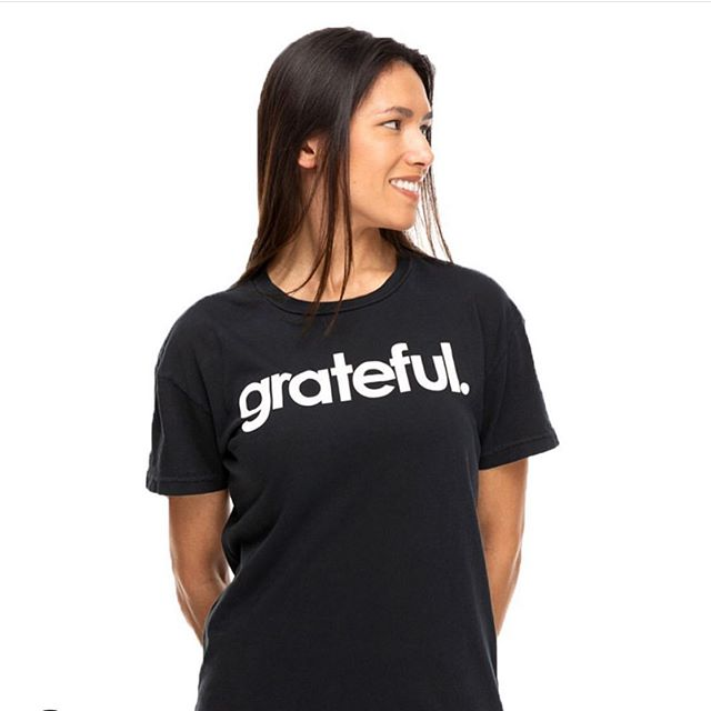 Just wanted to say that I'm so grateful for the many people I've met via @instagram who have shared with me their dreams, passions, struggles, concerns and joys. Social media can be a b*tch but it can also be quite lovely. ❤️ 😘  Do you have something you're grateful for today? 👚@sweatwithsoul • • • #sweatwithsoul #sweatloveevolve #grateful #practicegratitude #love #respect #share #motivationmonday #artist #martialartist #hapagirls #workoutgear #athleisure #workoutclothes #yoga #art #findyourway
