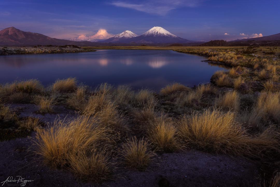 Foto 6 Explora el lugar en las distintas condiciones climáticas. Esta foto es de la hora azul, cuando ya estaba oscuro.