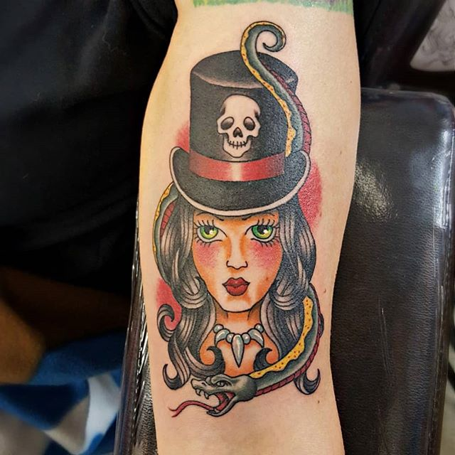 Fun one to do ! This was a referenced  design that was brought to me by the client with a few changes to it . #heavydutytattoo #ogden #tattoo #brandonlewismachines #utah #ogdentattoos #colortattoo #tattooedgirls  #voodoogirl #utahtattoos