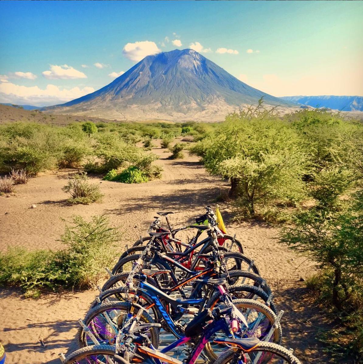 BikeTrailerOlDoinyoLengai.png