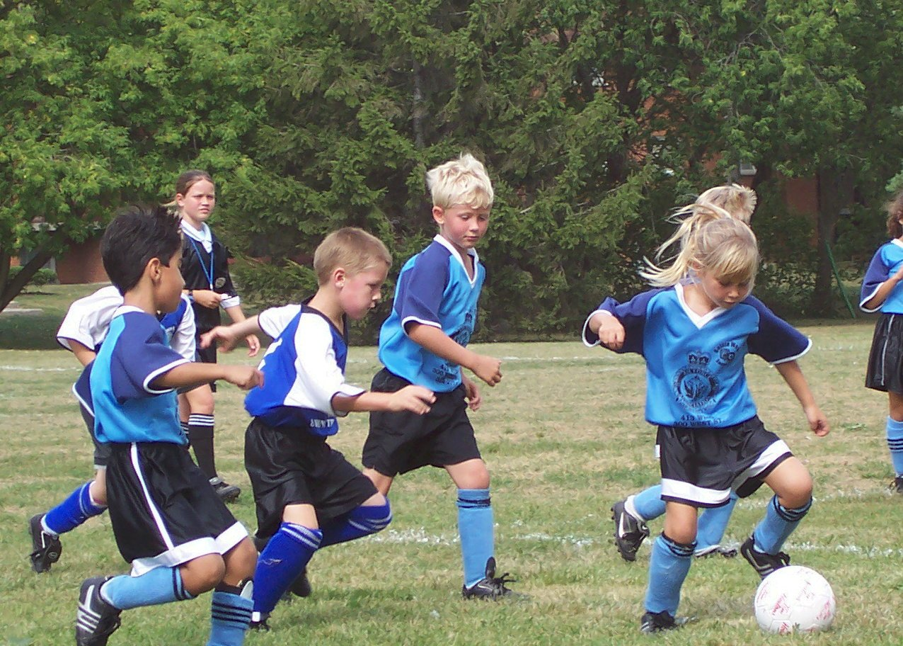 kiddies-soccer-1313513.jpg