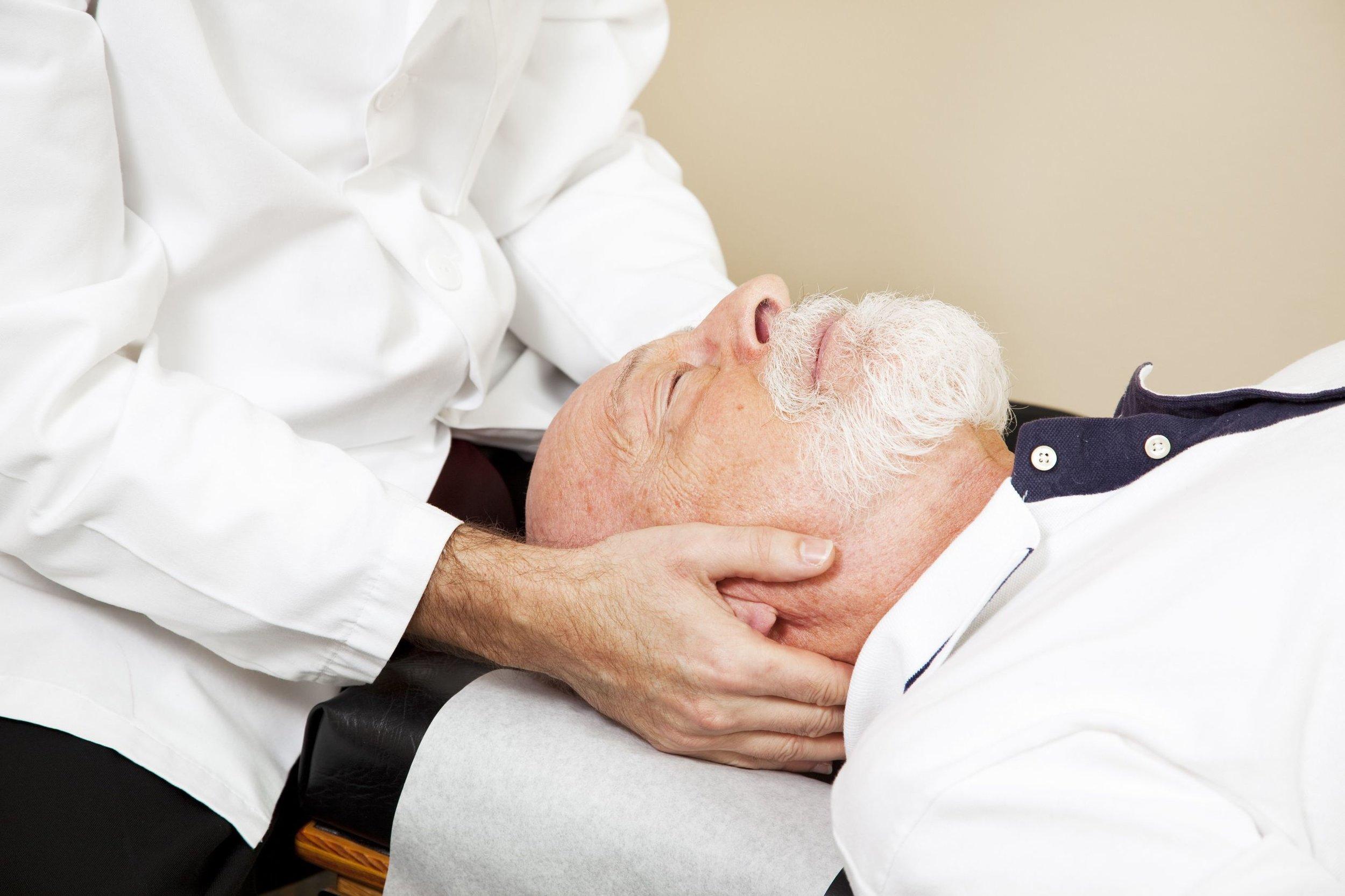 Headache-Chiropractor.jpg