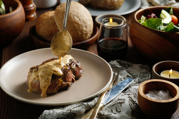10COOKING-STEAKDIANE1-articleLarge.jpg