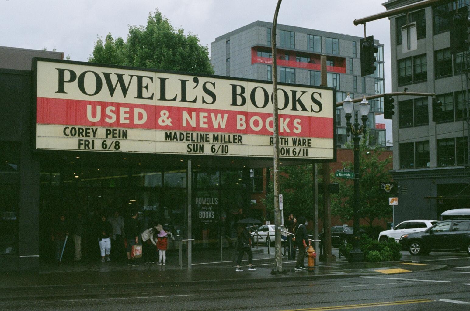Powell's Books. Portland, Oregon