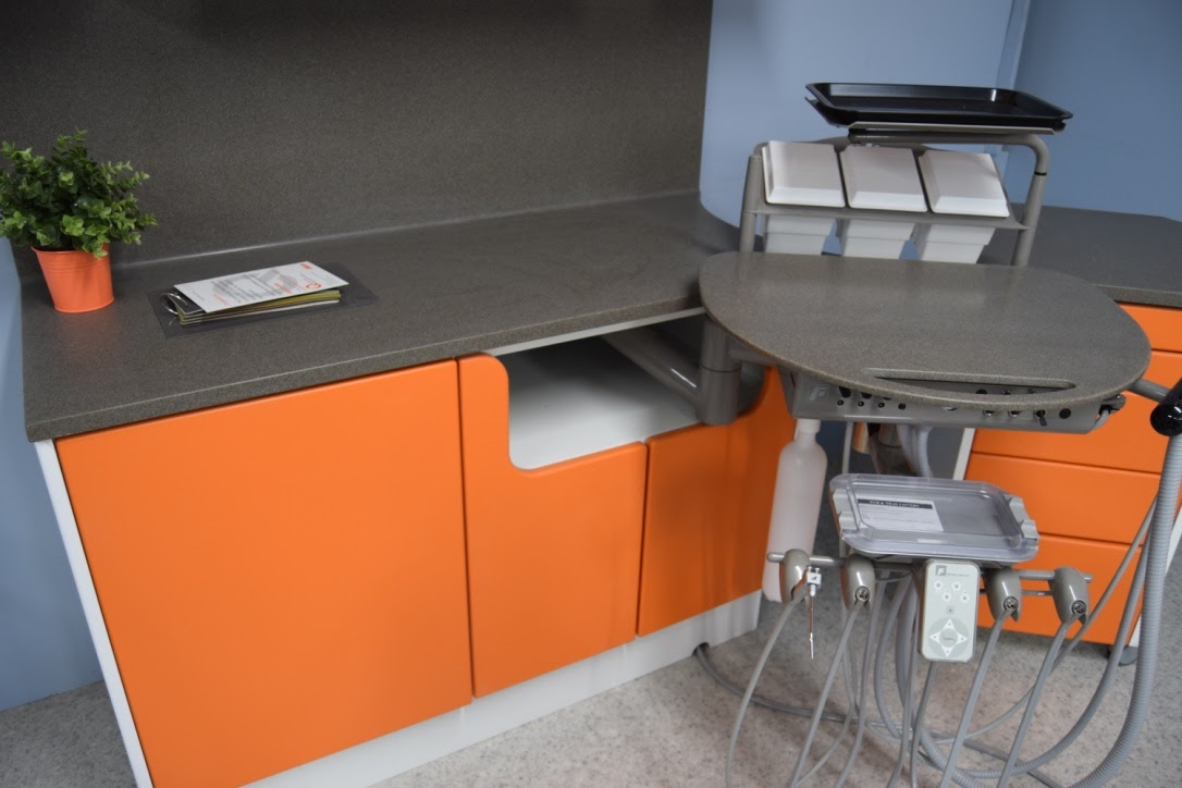 orange surgery showroom 2.jpg