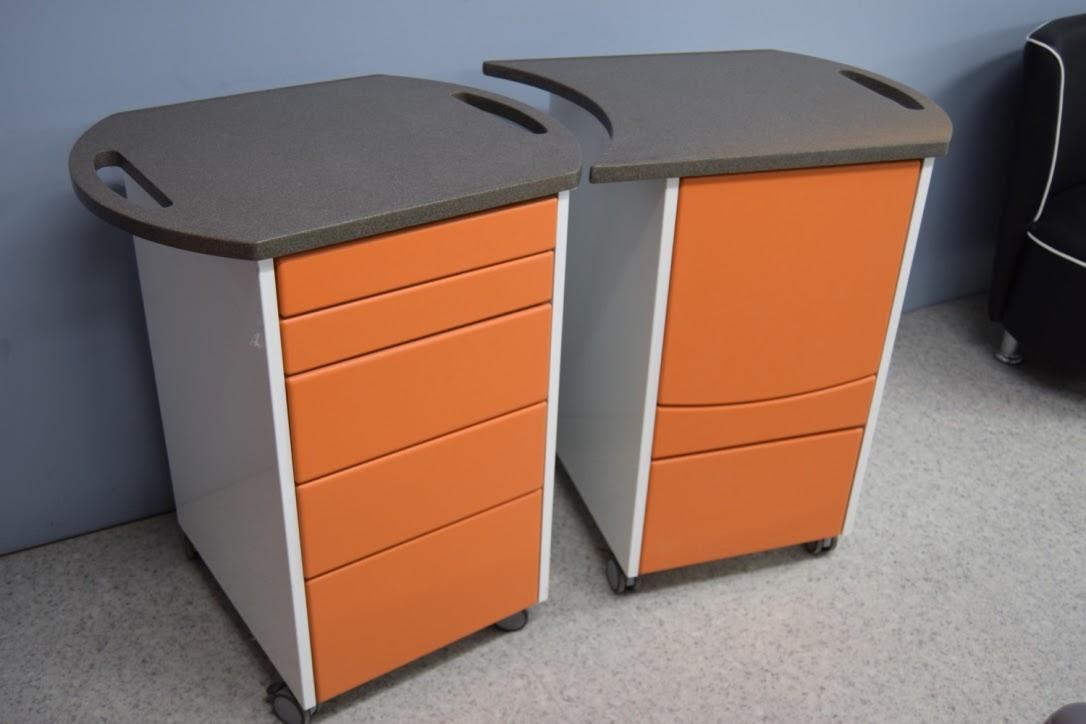 orange surgery showroom 3.jpg