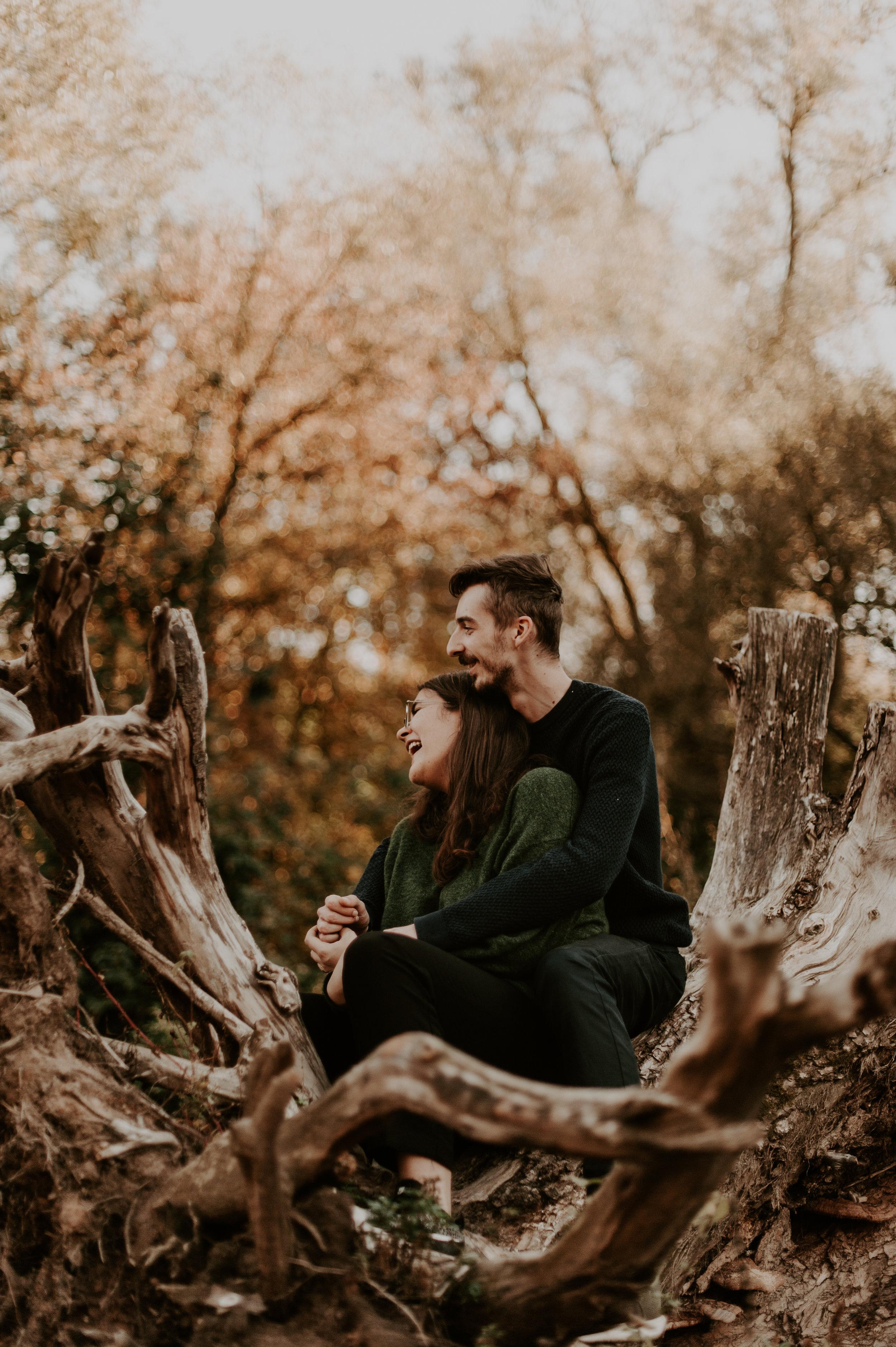 NADIA & QUENTIN - Une séance couple dont nous garderons un excellent souvenir.Lucile a su nous mettre à l'aise derrière l'objectif et le résultat est tout simplement superbe. Une vraie pro de la photo !
