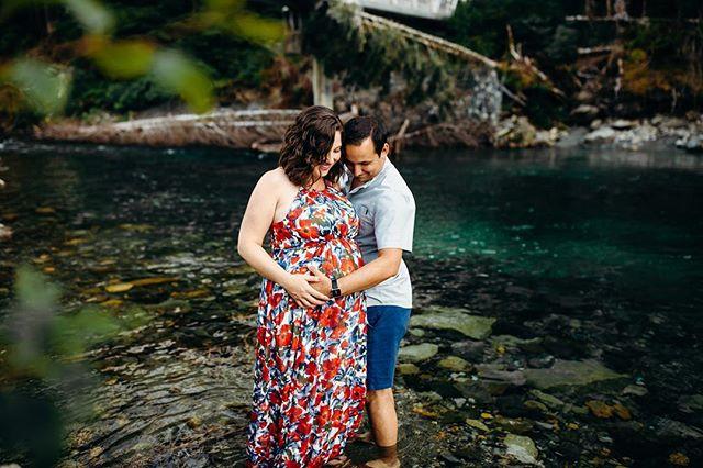 You're my definition of perfect. Love. . . . . #washingtonphotographer #seattlewa #babymoon #seattlewashington #maternityfashion #firstbaby #30weekspregnant #31weekspregnant #32weekspregnant #25weekspregnant #floraldresses