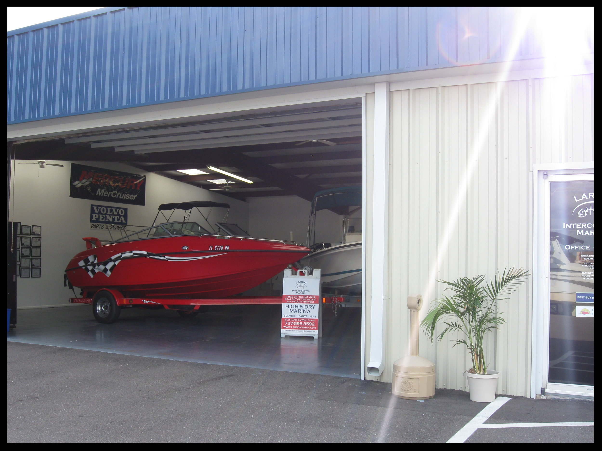 - BEST BUY BOATSHere at Largo Intercoastal Marina, we are affiliated with Best Buy Boats, a brokerage service with over 20 years experience. If you are in the market for a new boat, give Bill Pritchard or John Anderson a call and they will assist you in getting your new toy.(727) 271-0196