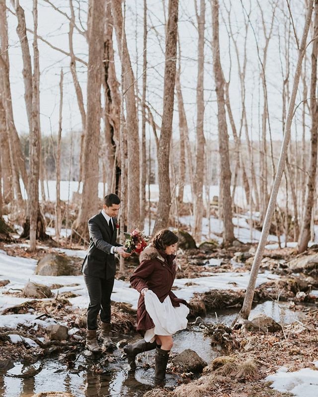 Elope With Me 🌾 2019 . . . Planning and Floral Design by #juliabretzevents, Photography by @courtney_elizabeth_media, HMU by @sarahandcodesigns, Venue @cunninghamfarmmaine . . #weddingofficiant #maineweddingplanner #intimatewedding #elopement #elopementwedding #elopementphotography #radlovestories #loveandgasoline #homegrownwedding #mainelife #oneofakindadventure #boutiqueelopement #bestdayever #newenglandliving #wildheartslab #wildheartsweddingfairs @juliabretzevents #downeastmagazine #vermontweddingphotographer #vermontlife #elopementinspiration