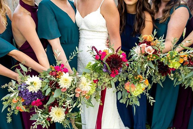 Full hearts, best friends, and beautiful flowers 🌿 Loved working with @crich07 on her jewel tone inspired florals, featuring dahlias from Portland's @diademflowerco ❤️ photography by @stepheneycollins . . #ittakesavillage #teamfloraldesign #lovesofmylife #jeweltonewedding #dahliabouquet #jeweltoneflowers #showmeyourmumu #mainewedding #mainefloraldesign #juliabretzevents #iriseats #maineweddings #octoberwedding #fallweddingseason #shadylanefarm #newgloucestermaine #eucalyptuswedding #loveandwildhearts #newenglandweddings #homegrownwedding #bestdayever #themainebride #maineweddingplanner #maineweddingvenue #maineweddinginspo