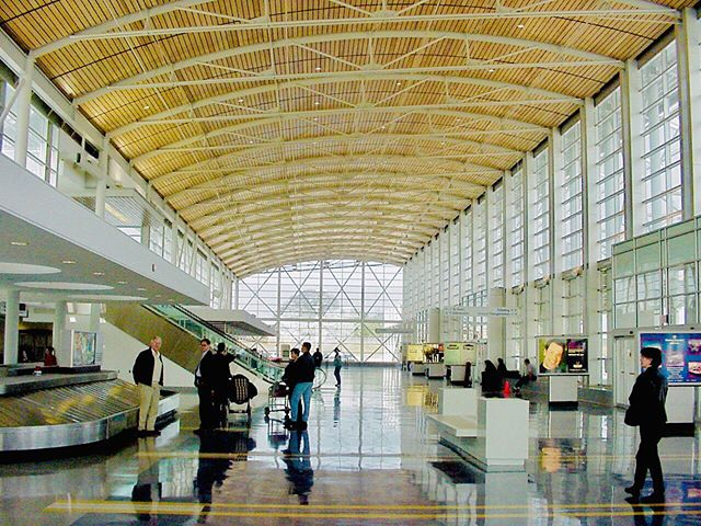 "TBT!  SHV Shreveport Regional Airport new terminal building and renovations. *** Mike McSwain, Director of Design while at Slack Alost McSwain Architects*** __________________________________________________________________ ""Always design a thing by considering it in its next larger context – a chair in a room, a room in a house, a house in an environment, an environment in a city plan."" – Eliel Saarinen __________________________________________________________________ #SHV #shreveportairport #airportterminal #airport #transportationterminal #shreveport #louisiana #airplane #louisianaarchitecture #mikemcswainarchitect #architect #architecture #design #building #architecturelovers #archilovers #archdaily #architektur #architettura #arquitectura #هندسة معمارية #建筑 #архитектура #आर्किटेक्चर"