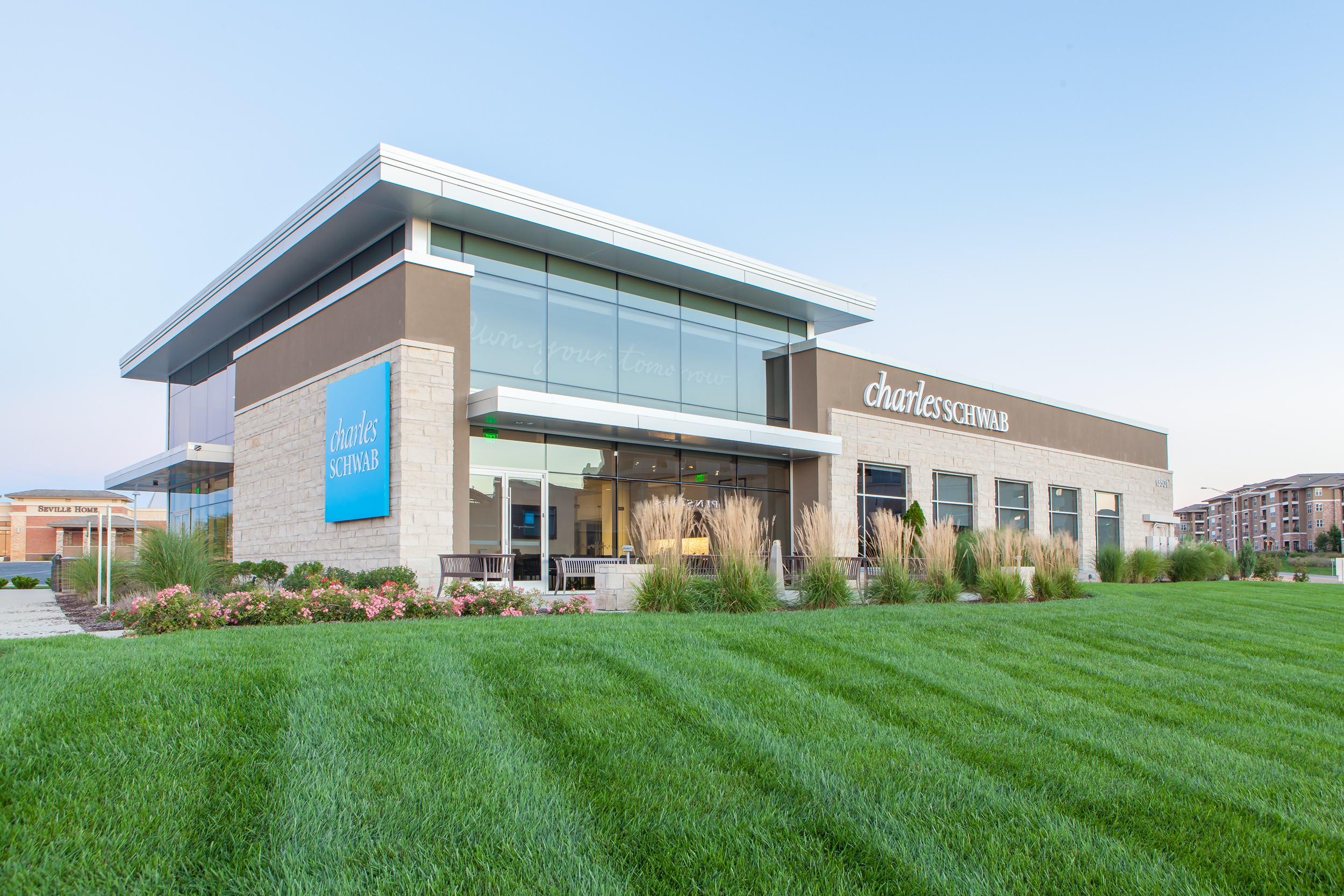 Charles Schwab Office Building in Leawood
