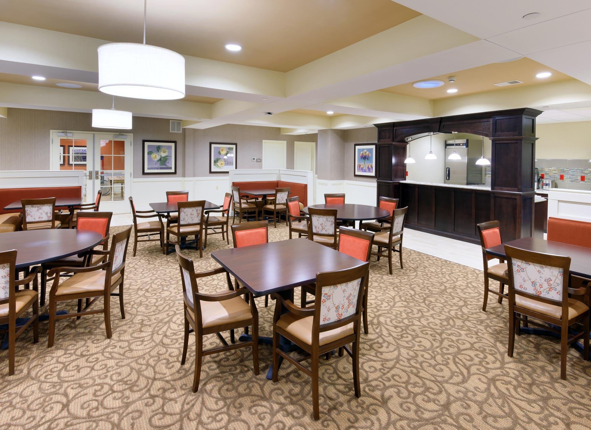 Castlewood-Senior-Living-H-Design-Interior-03.jpg