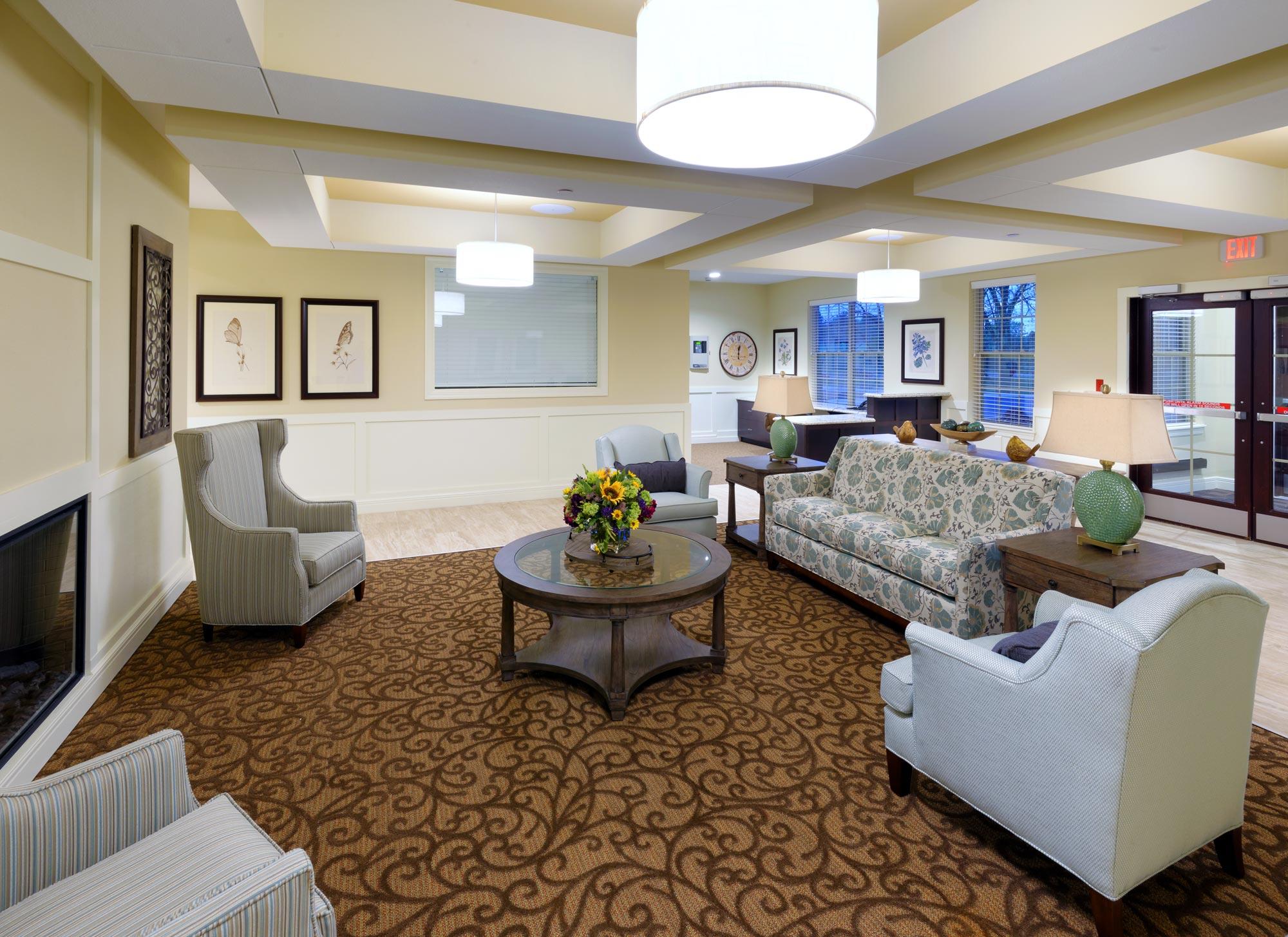 Castlewood-Senior-Living-H-Design-Interior-05.jpg