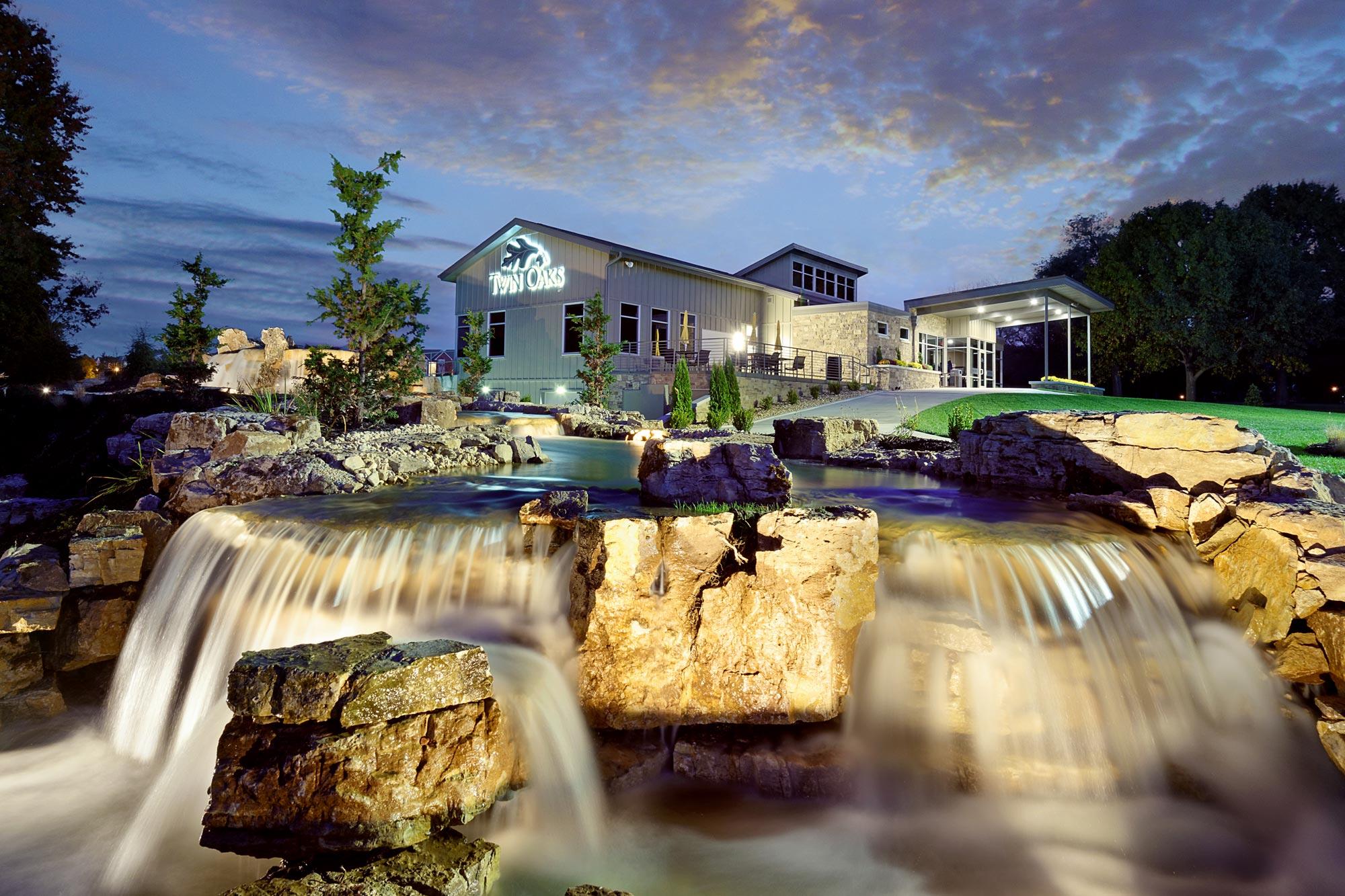 Twin-Oaks-Golf-Pro-Shop-H-Design-Exterior-02.jpg