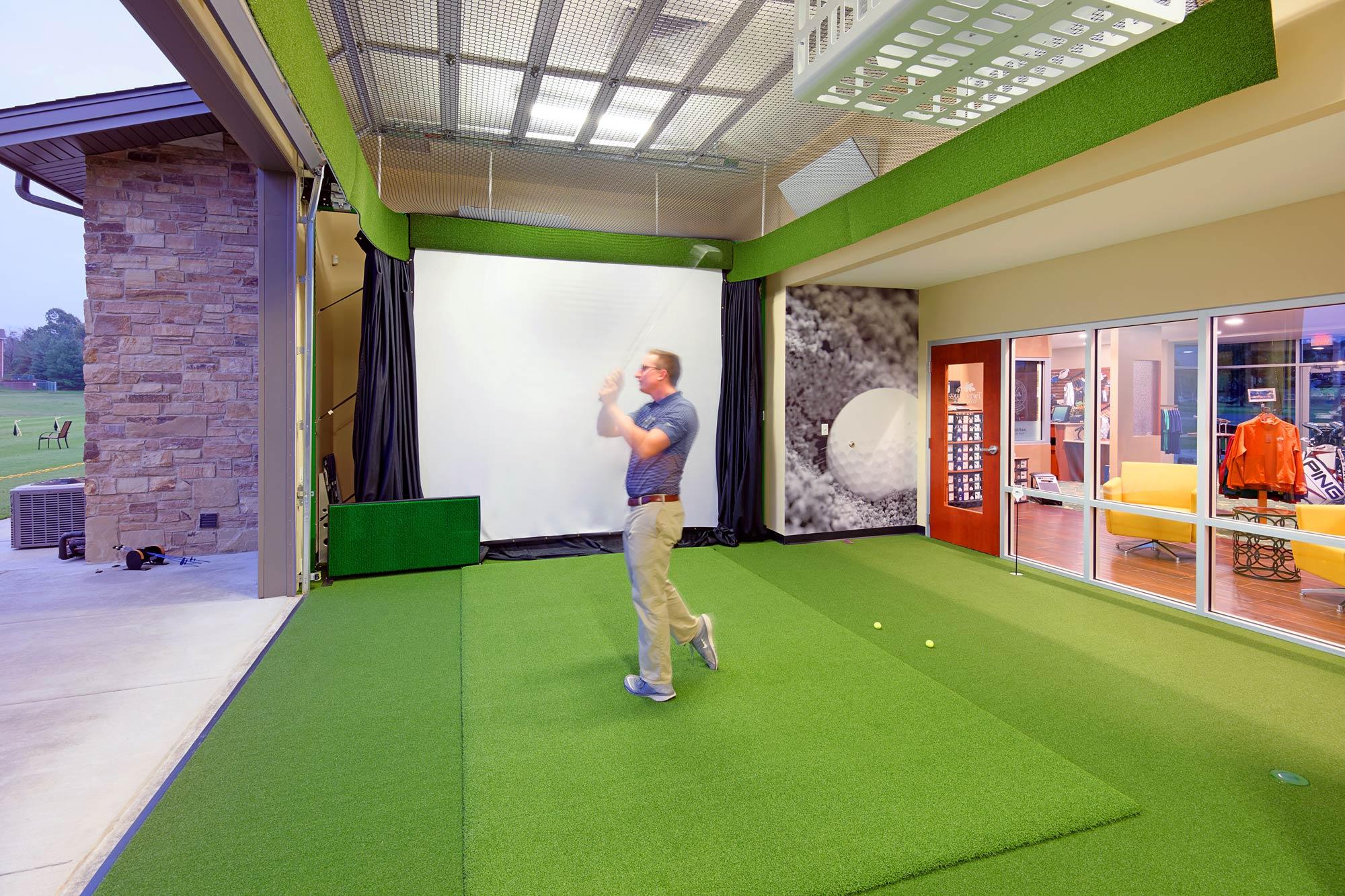 Twin-Oaks-Golf-Pro-Shop-H-Design-Interior-02.jpg