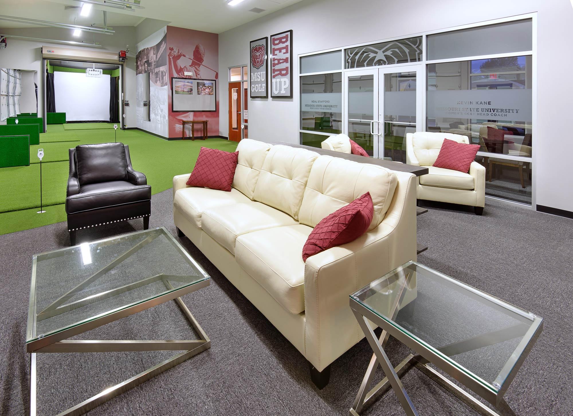 Twin-Oaks-Golf-Pro-Shop-H-Design-Interior-03.jpg