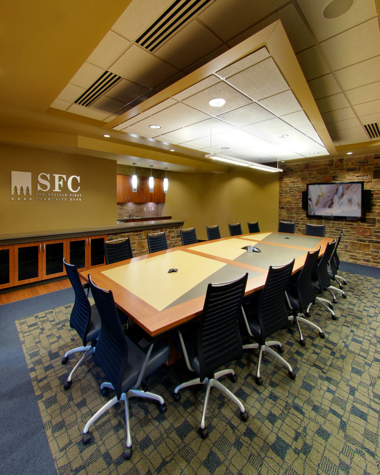 Springfield-First-Community-Bank-H-Design-Interior-02.jpg