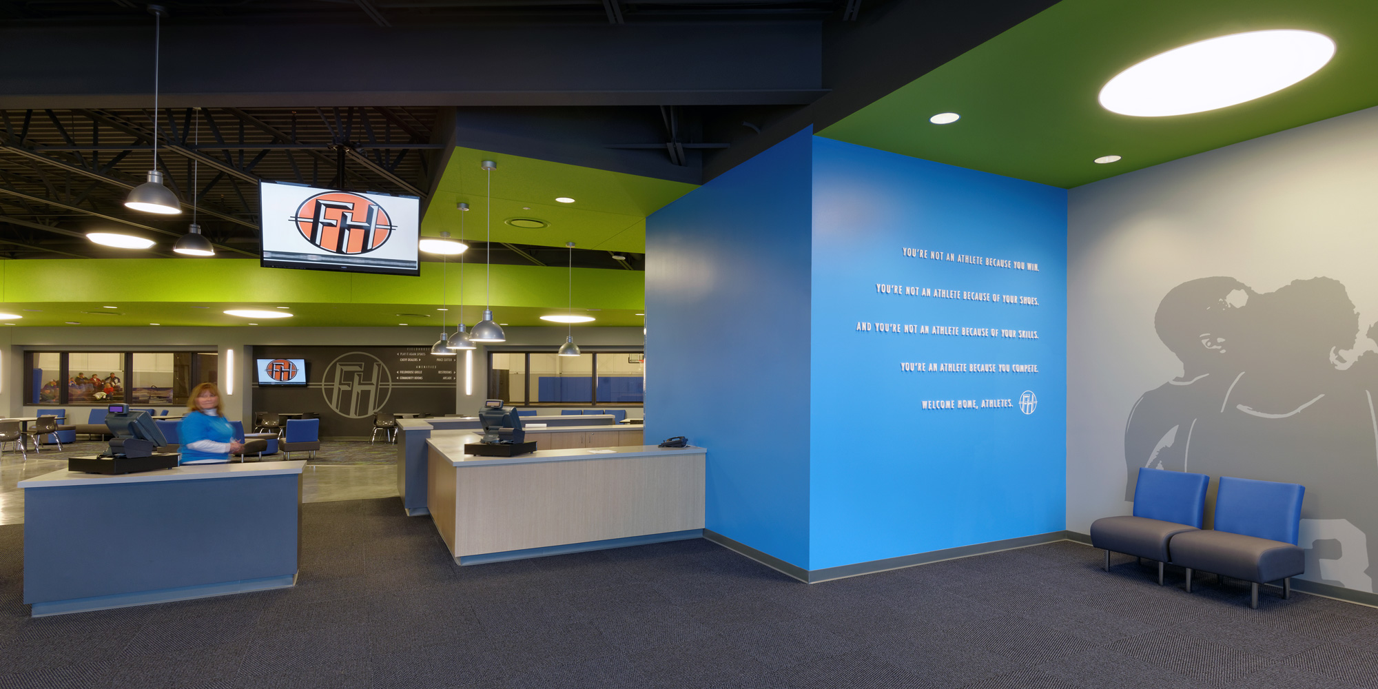 Fieldhouse-Sportscenter-H-Design-Interior-01.jpg
