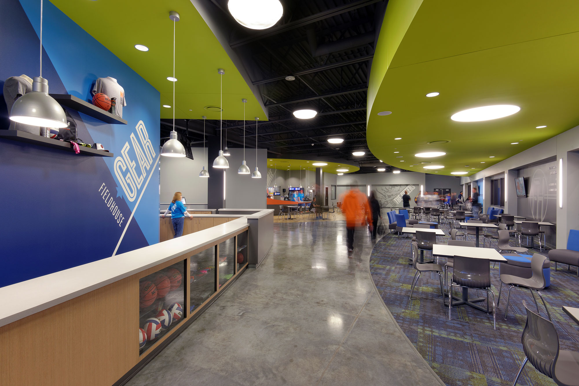 Fieldhouse-Sportscenter-H-Design-Interior-03.jpg