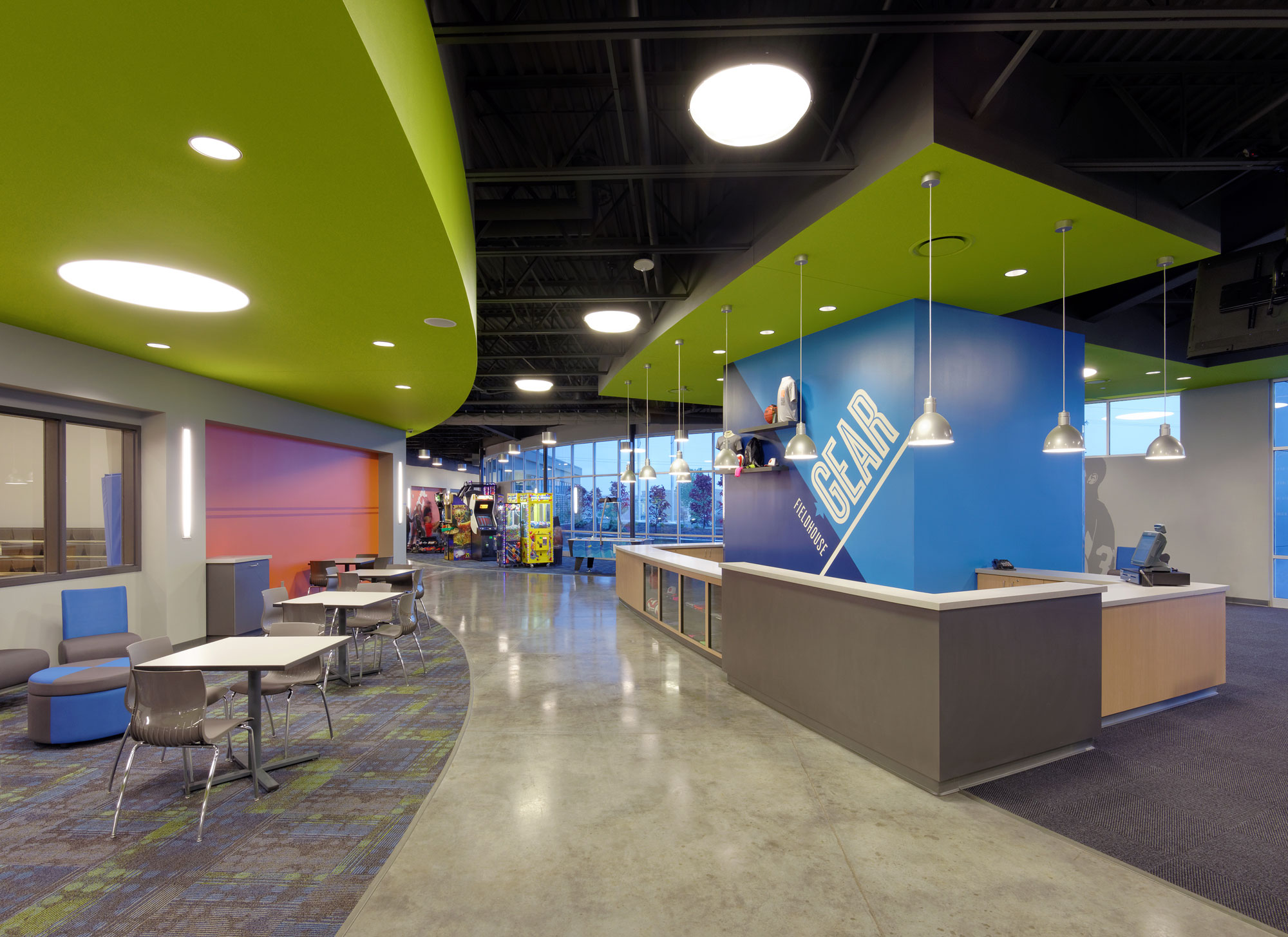 Fieldhouse-Sportscenter-H-Design-Interior-04.jpg
