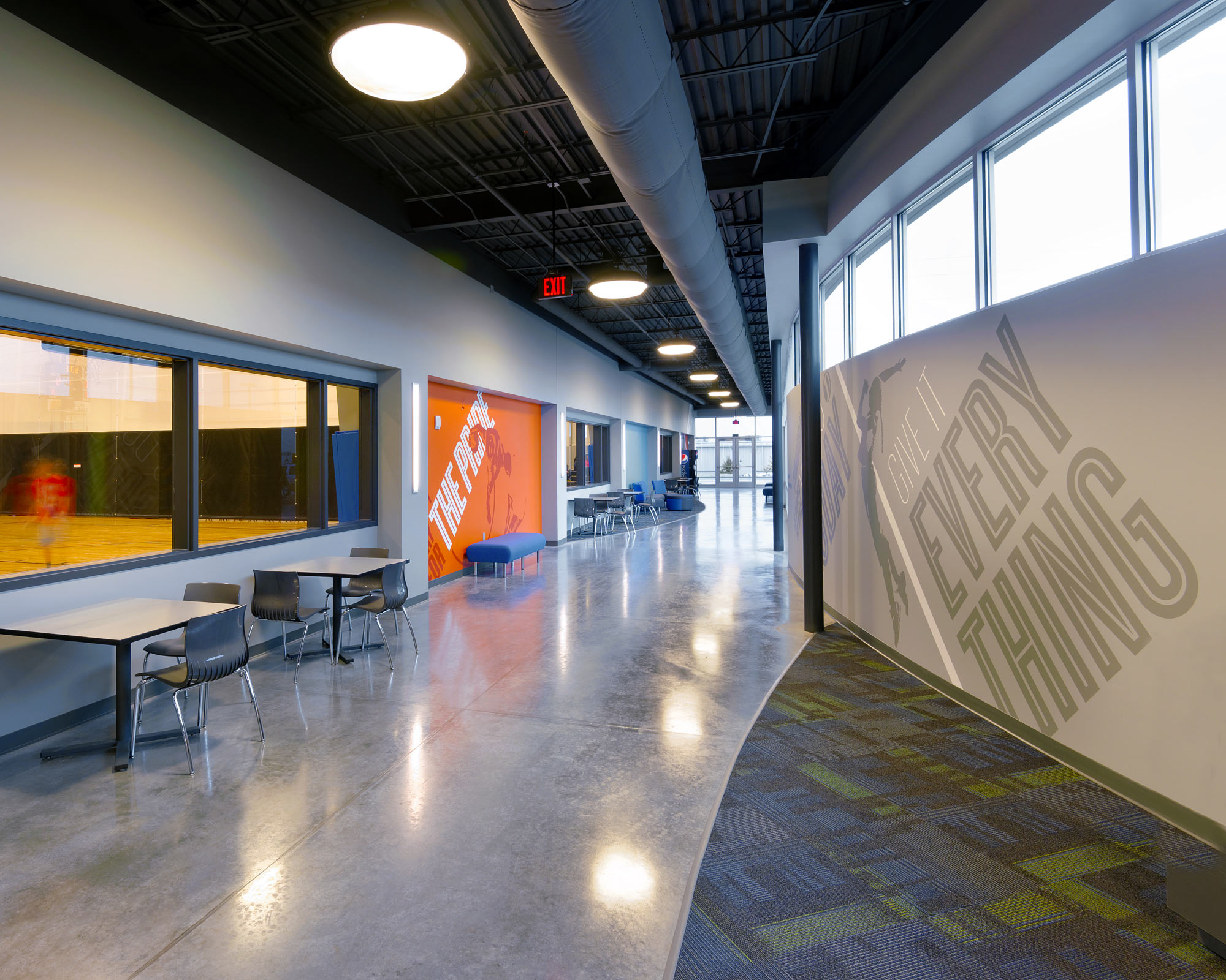 Fieldhouse-Sportscenter-H-Design-Interior-06.jpg
